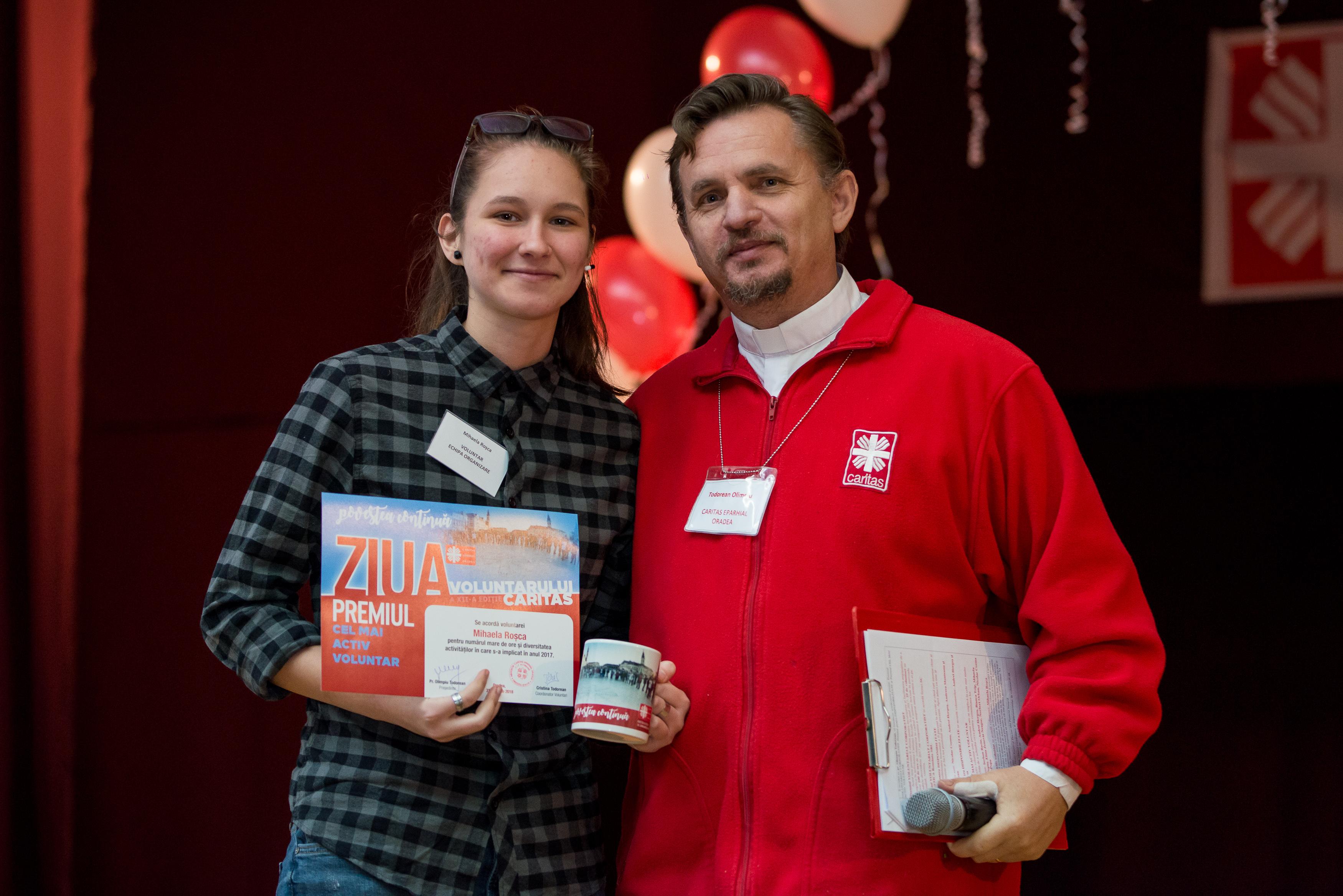 Premiul pentru cel mai activ voluntar