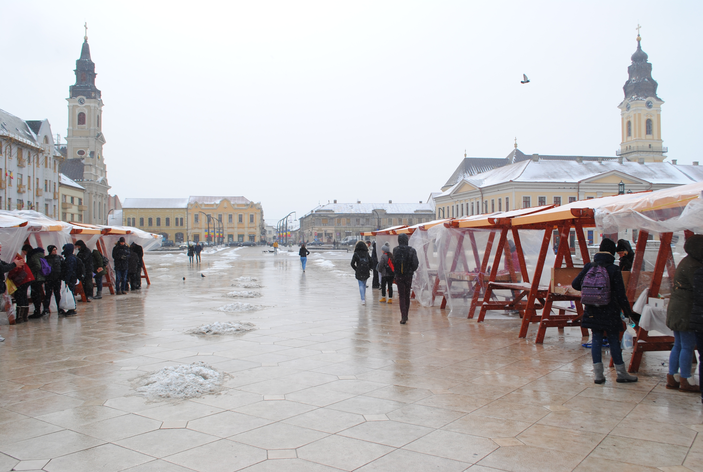 Stand martisoare Piata Unirii Oradea
