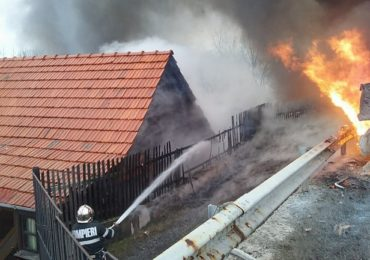 TIR a luat foc Beznea