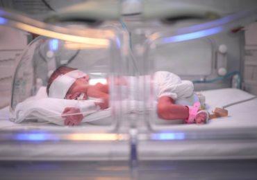 Rotary Club Oradea 1113 doteaza Maternitatea Oradea cu un blender de aer medical
