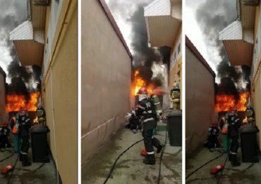 Incendiu, in aceasta dupamiaza, pe strada Ion Vidu din Oradea (FOTO / VIDEO)