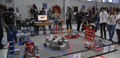 """Modus Vivendi – echipa de robotică de la """"Eminescu"""" (FOTO)"""