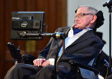 Stephen Hawking, cunoscutul astrofizician britanic, a incetat din viata la varsta de 76 de ani