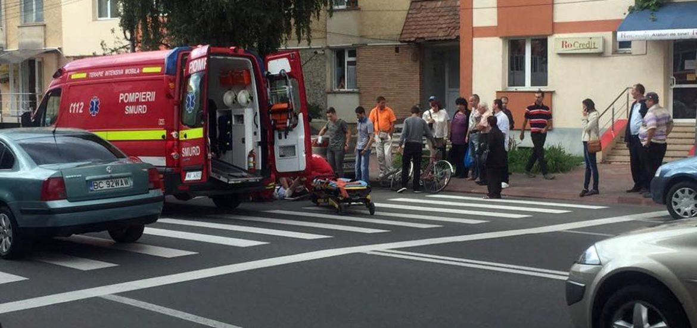 A lovit o femeie pe trecerea de pietoni de pe blvd Decebal din Oradea si a fugit de la locul faptei