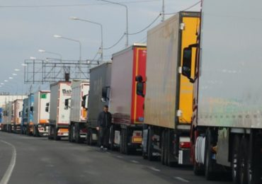 Aglomeratie mare in vamile din vestul tarii. Prin P.T.F. Bors au trecut cca 10000 de camioane in 3 zile
