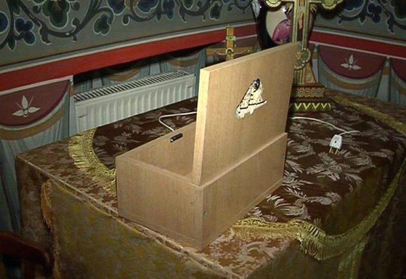 Jaf la o biserica din Santandrei. Un minor care a fugit cu banii din cutia milei, a fost prins de politisti