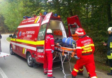 O femeie de 79 de ani din Bratca a ajuns la spital dupa ce a traversat o sosea, fara sa se asigure