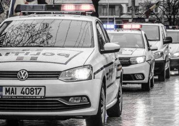 """Urmarire ca-n filme pe DN79, soldata cu prinderea unui """"smecheras"""" care nu a oprit la semnalele politistilor"""