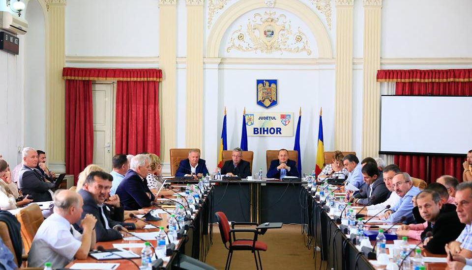 Coalitia PSD+ALDE+UDMR are din nou majoritate in Consiliul Judetean Bihor