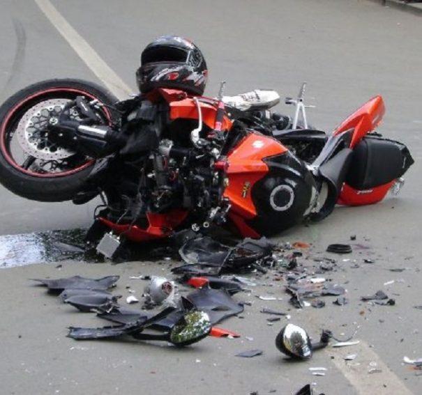 Motociclist accidentat grav langa Sinteu, dupa ce a pierdut controlul motocicletei