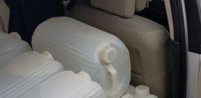 L-au prins pe Bacchus! 100 de litri de palinca de Salaj, fara acte, confiscati de politistii bihoreni