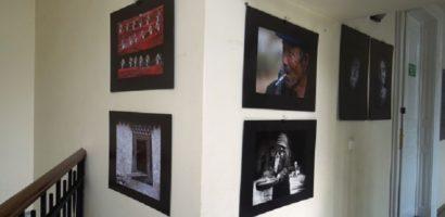 Expozitie foto, in Turnul Primariei, a reputatului artist fotograf Manolis Metzakis din Grecia