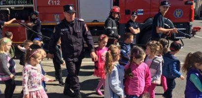 Pompierii militari bihoreni organizeaza Ziua portilor Deschise, de 1 iunie, pentru copii