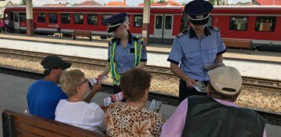 """""""Un om prevenit, un om salvat!"""", actiuni de preventie desfasurate de politistii bihoreni in Gara Oradea"""