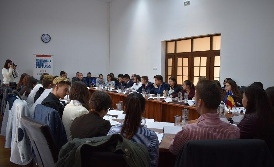 """Gojdistii participa la proiectul național de educație civică """"Joc de strategie – Politica locală"""""""