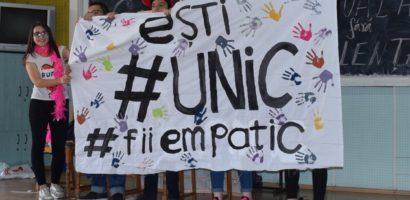 """Scoli din 7 judete s-au intrecut, la Oradea, la concursul cu tematica preventiva """"Şcoala fără violenţă"""""""