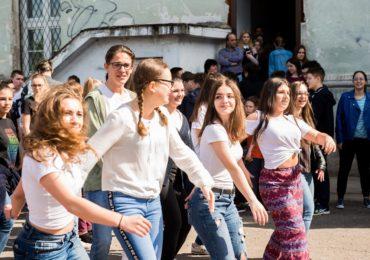 Ziua pamantului Eminescu