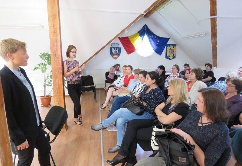 """La sediul DASO a avut loc Seminarul """"Identificare şi intervenţie în traumă şi adicţii"""""""