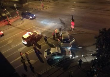 UPDATE: Accident petrecut azi noapte pe Magheru, intre o masina de politie si un Volkswagen