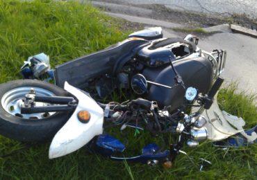 Accident grav langa Baita Plai, un moped a patruns pe contrasens si s-a izbit frontal de un camion