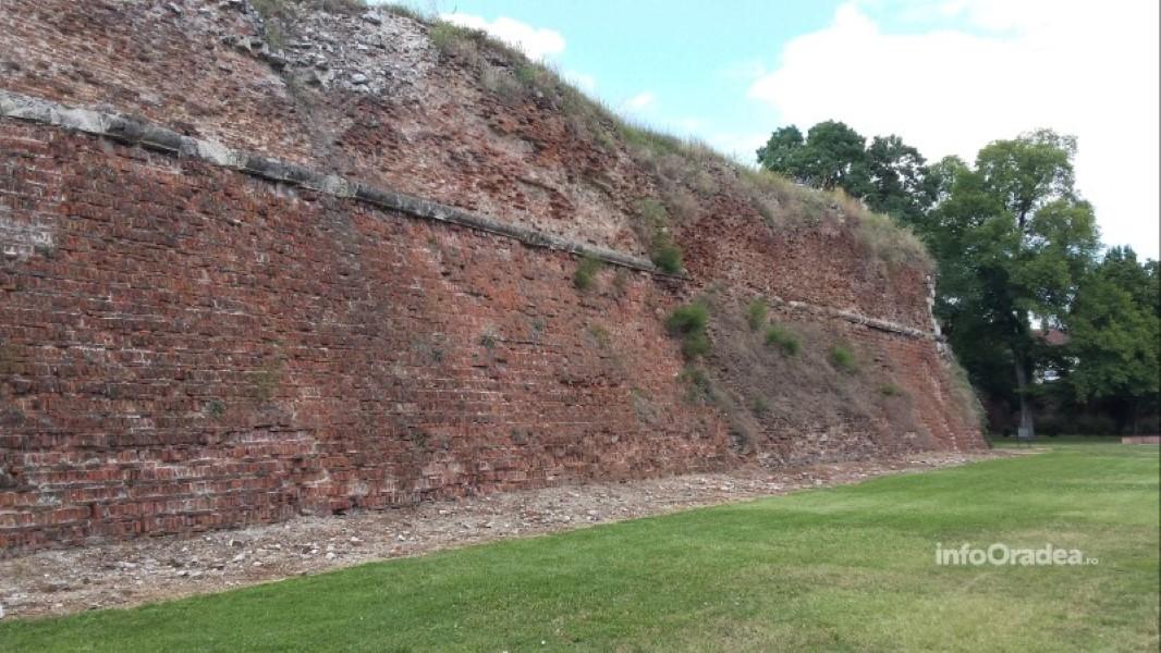 Ziduri cetatea Oradea