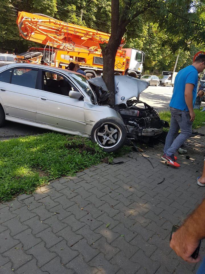 accident BMW gara oradea 30.07