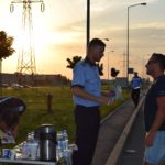 Apa, cafea si recomandari de la politisti, oferite tuturor soferilor ce veneau din strainatate, intr-o actiune de preventie