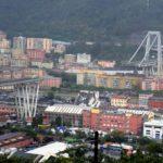 Tragedie in Italia, cel putin 22 de morti dupa ce un viaduct, pe care se aflau masini, s-a prabusit peste o zona rezidentiala langa Genova