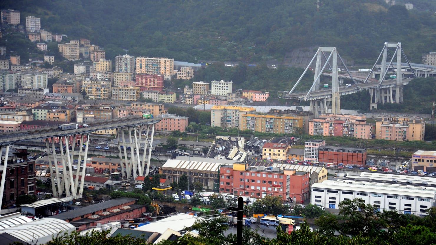Viaduct Genova prabusit