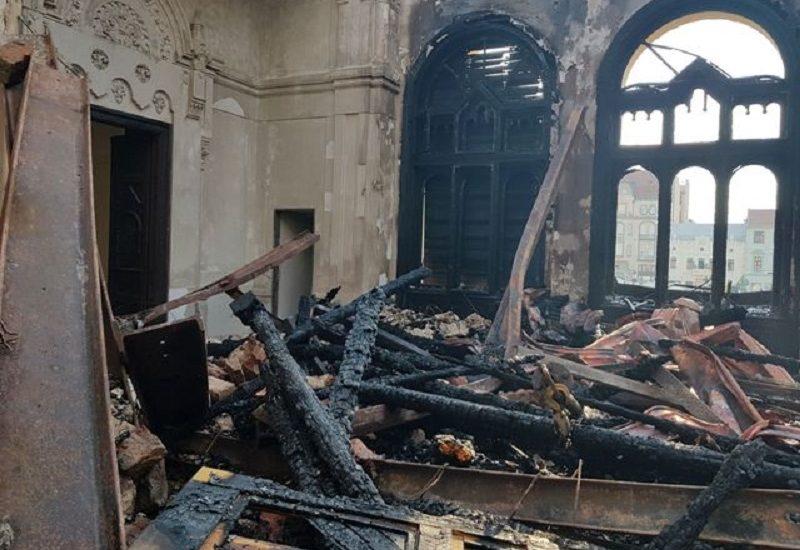 Iata CONTURILE unde oradenii pot face DONATII pentru reconstruirea Palatului Episcopal