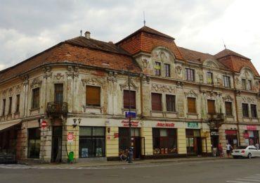 Inca o cladire de patrimoniu istoric, din Oradea, va intra in reabilitare – Palatul Klobusitzky