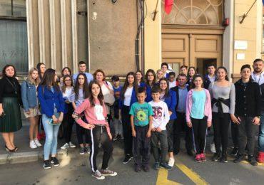Adolescentii descopera Oradea. Proiect educativ ce vizeaza completarea educatiei adolescentilor