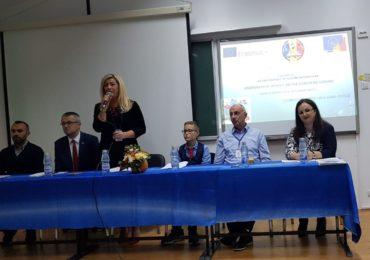"""Conferinta de deschidere a proiectului Erasmus+, organizat de Scoala Gimnaziala """"Avram Iancu"""" din Oradea (FOTO)"""