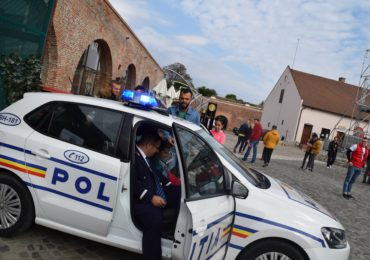 ACTIVITATI CETATE politie doneaza pasiune