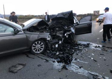 Accident grav langa Osorhei. Doua persoane au ajuns la spital dupa o tamponare frontala (FOTO)