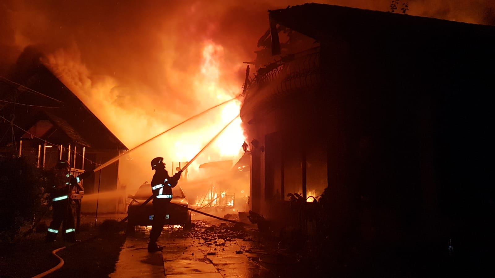 incendiu puternic salonta duminica 21.10