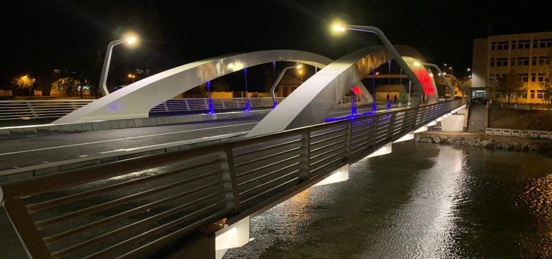 Maine, 17 septembrie, Podul Centenarului va fi iluminat in portocaliu. Afla de ce!