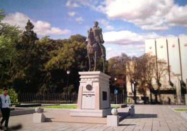 Statuia lui Mihai Viteazul se muta, ii va lua locul Regele Ferdinand, in PIata Unirii