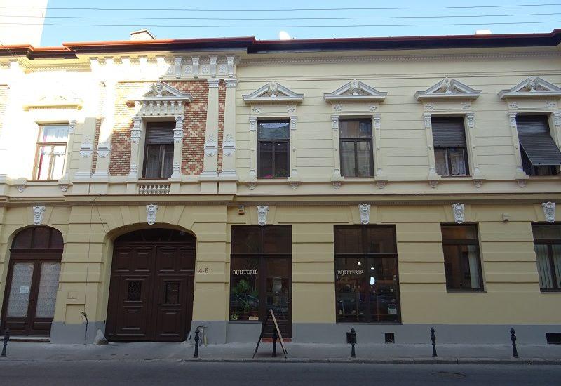 Inca o cladire reabilitata in Oradea (GALERIE FOTO)
