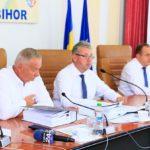Adio curse externe! CJ Bihor acuza presa si politicienii ca TAROM a amanat lansarea unor zboruri externe din Oradea