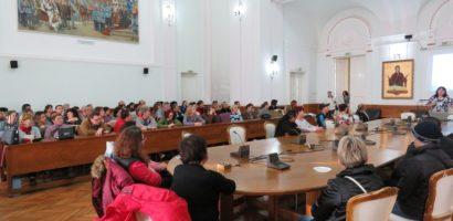 Asistenti personali ai persoanelor cu handicap din Oradea, au fost instruiti de specialisti ai Fundatiei Hospice Emanuel