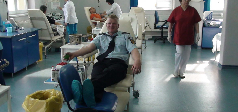 Pentru ca pretuiesc viata! 49 de pompieri bihoreni au donat sange, in aceasta dimineata.