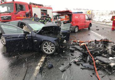 Accident cu 5 victime pe DN1 Oradea – Cluj. O persoana si-a pierdut viata, iar alte 4, printre care si un copil, au fost transportate la spital