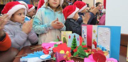Copii de la Centru de Zi din Oradea, l-au intampinat oe Mos Nicolae