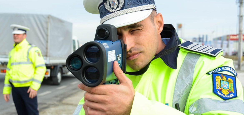 Un localnic din Voivozi suprins de radar circuland cu 120 km/h in localitate