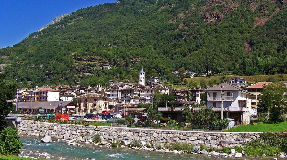 O localitate din Italia ofera 9.000 de euro oricarei familii care se muta acolo