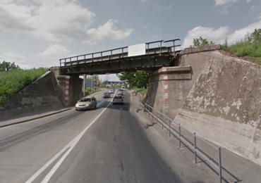 Soseaua de sub podul CFR spre Episcopia Bihor va fi largita la 4 benzi