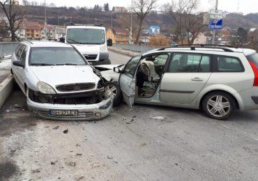 Un sofer baut a provocat un accident pe Podul Prezan din Dragos Voda