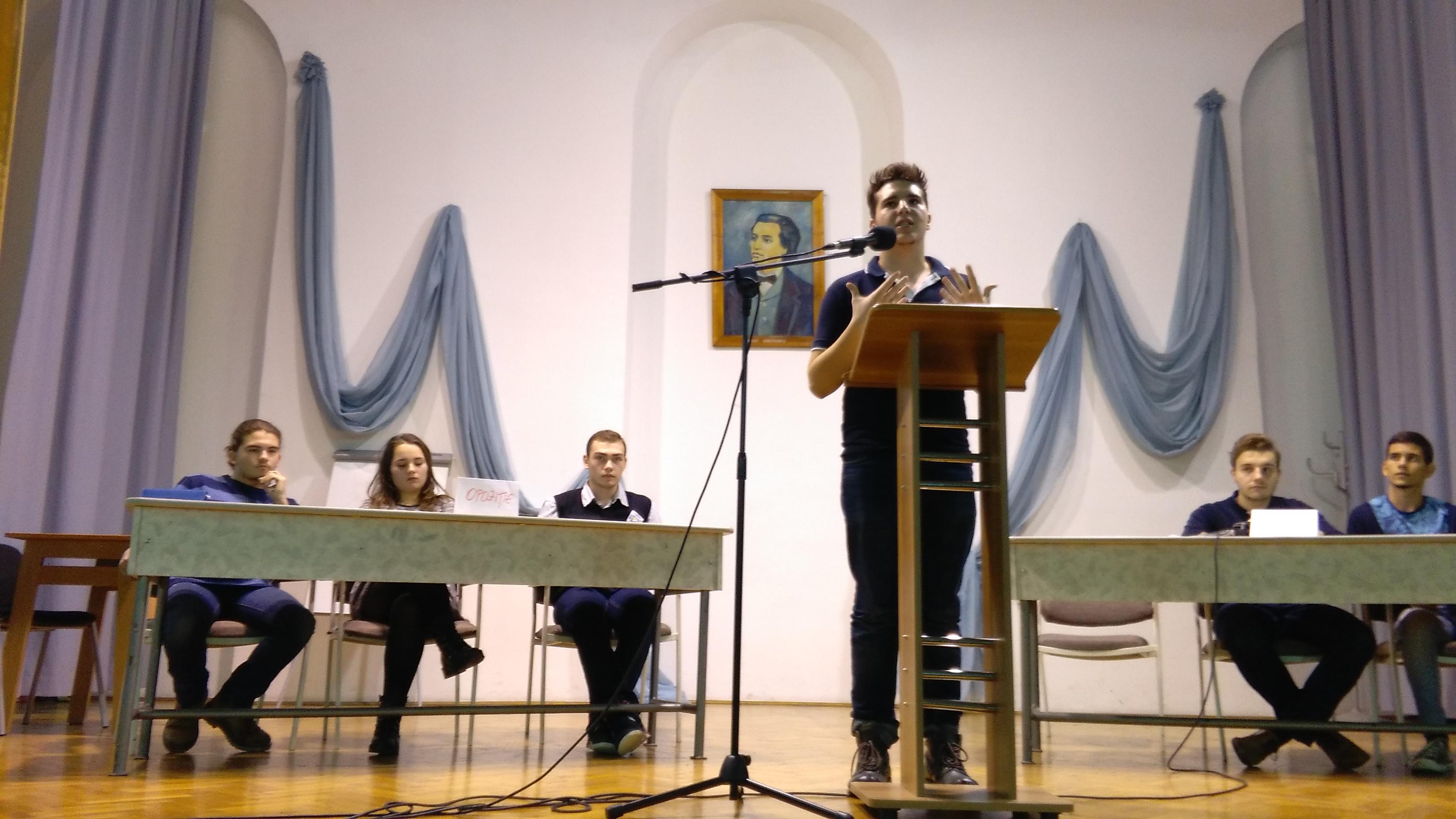 club dezbateri eminescu oradea