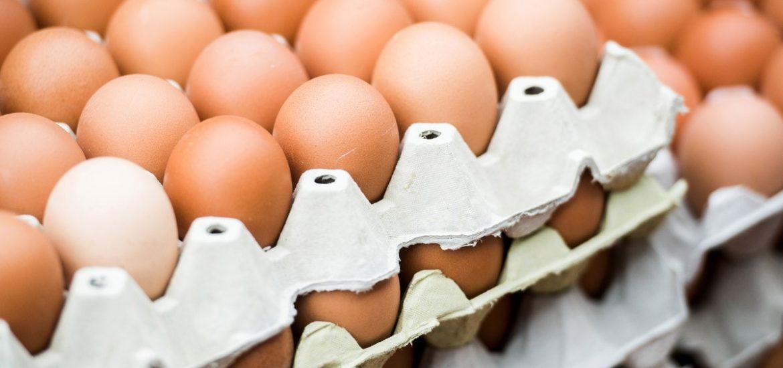 Peste 100.000 ouă contaminate cu un insecticid periculos, interzis în UE, au ajuns la consumatorii români.
